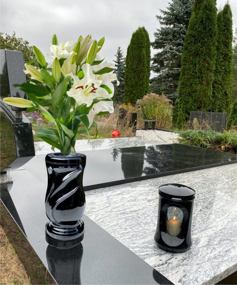 Vaza kapams lapai juoda 4