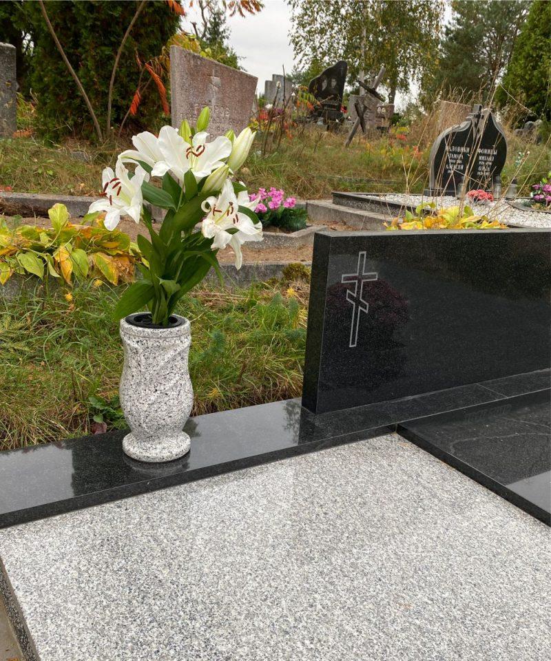 Vazos kapams balta
